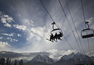 Недостаток снега сорвал начало горнолыжного сезона в немецких Альпах