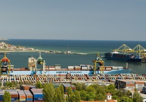 Кабмин разрешил передачу в концессию всех морских портов