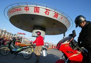 Чистая прибыль китайского нефтегазового гиганта упала на треть
