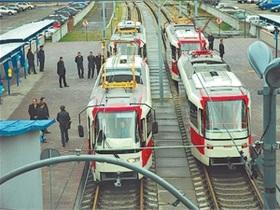 На Троєщині запустили оновлений швидкісний трамвай