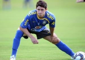 Футболист Днепра Джулиано вновь сыграл за Бразилию