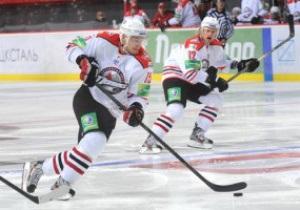 Хоккей: Донбасс на выезде минимально уступил Авангарду в КХЛ
