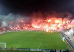 В Греции полиция разгоняла болельщиков газом перед матчем Лиги Европы