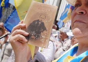 Міносвіти підготувалося до реалізації мовного закону: 1,9 млн підручників із 2,06 млн видані російською