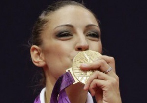 Евгения Канаева стала двукратной олимпийской чемпионкой по художественной гимнастике