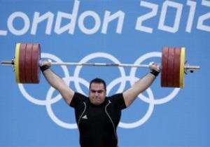 Иранский тяжелоатлет завоевал золото Олимпиады-2012