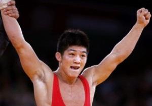Кореец выиграл золото Олимпиады в греко-римской борьбе
