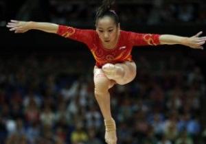Китайская гимнастка Линьлинь Денг выиграла золото Олимпиады-2012 в упражнениях на бревне