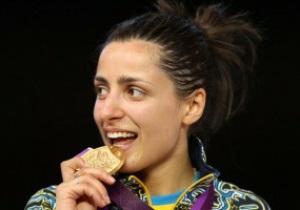 Украинская Олимпийская чемпионка Лондона живет с родителями в коммуналке