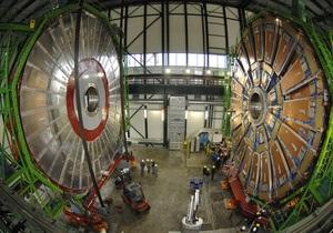 Роботу Великого адронного коллайдера продовжили на сім тижнів
