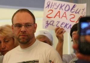 Власенко: Суду по барабану рекомендації для Тимошенко