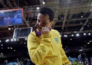 Бразильский дзюдоист сломал медаль Олимпиады-2012 в душе