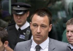 Чиновники продолжают донимать капитана Челси обвинениями в расизме