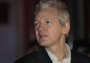 Стало відомо, хто очолить захист засновника Wikileaks
