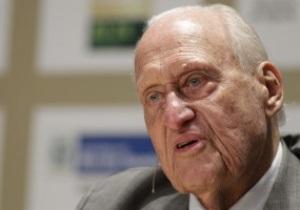 Экс-президент ФИФА оказался взяточником в особо крупных размерах