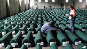 Річниця трагедії у Сребрениці: відбулося перепоховання понад 500 ідентифікованих жертв