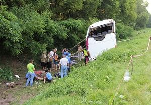 Водій автобуса, який розбився у Чернігівській області, перебуває у СІЗО