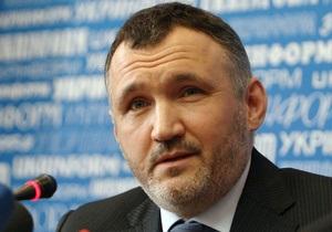 Кузьмін назвав  дурницями  заяви в ЗМІ про відмову в американській візі