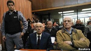 Колишніх аргентинських диктаторів засудили за викрадення дітей