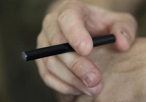 У Британії на чотири години перекрили шосе через електронну сигарету