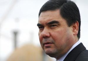 Президент Туркменістану подарував найкращим хліборобам Cadillac Escalade