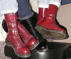 Обувной бренд Dr. Martens может стать российским