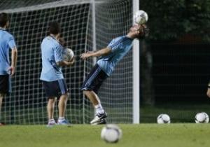 Фотогалерея: Готовність номер один. Португалія та Іспанія провели відкриті тренування у Донецьку