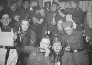 Корреспондент: Війна у ліжках. На окупованих землях нацисти створили мережу будинків терпимості