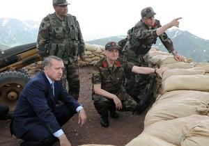 Прем єр Туреччини: 28 членів НАТО рішуче засудили Сирію