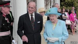 Королева Єлизавета II вирушила з візитом до Північної Ірландії