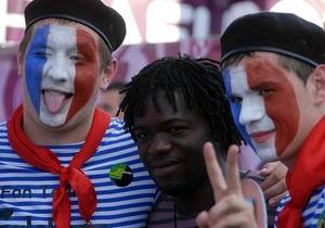 Україну з початку Євро-2012 відвідали близько 900 тис. уболівальників