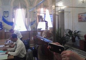 Суд у справі Тимошенко позбавив права голосу Кожем якіна, який вступив у перепалку з суддею