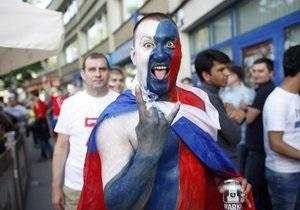 Российский футбольный союз вновь оштрафовали за поведение болельщиков