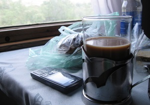 АМКУ порекомендовал Укрзалізниці предупреждать пассажиров о включении чая в стоимость билетов