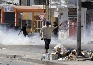 Влада Тунісу оголосила в столиці комендантську годину
