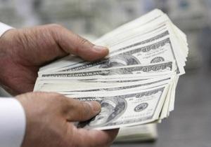 Долар на міжбанку встановлює нові максимуми