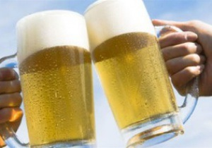 Евро-2012: За два дня в киевской фан-зоне болельщики выпили 30 тысяч литров пива