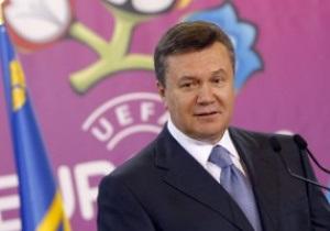 Янукович навестит сборную Украины перед Евро-2012