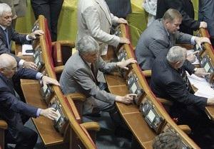 Журналіст: Законопроект про мови приймали  мертві душі