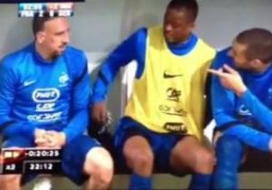 Захисник збірної Франції потрапив у грандіозний скандал через футболки