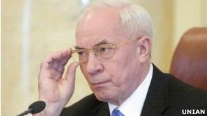 Азаров каже, що Росія готова переглянути газові контракти, Міллер - заперечує