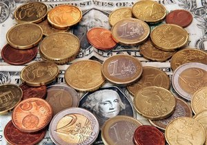 Україна спростила обмін валюти для нерезидентів на час Євро-2012