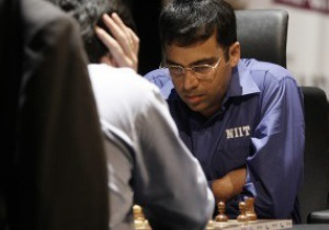 Гельфанд виграв першу партію і вийшов вперед у битві за шахову корону