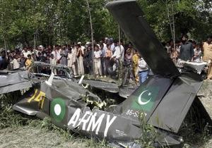 Два літаки ВПС Пакистану зіткнулися в повітрі