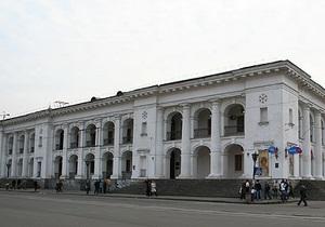 Міністр культури вважає законним початок реконструкції Гостиного двору