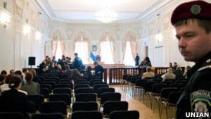 Власенко: влада готує у  газовій справі  Тимошенко половинчасте рішення