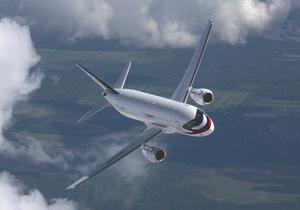 Флагман російського авіапрому зник з екранів радарів у Джакарті після показового польоту