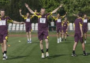 Фотогалерея: Хлопці в формі. Фізкульт-привіт від арбітрів Євро-2012
