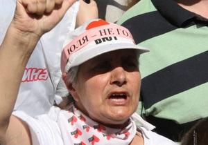 Батьківщина закликала Тимошенко припинити голодування