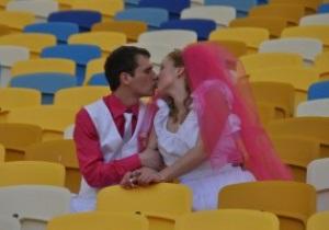 НСК Олимпийский принял первую свадьбу